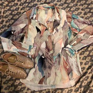 EUC⭐️ H&M Multicolored Button Down Blouse